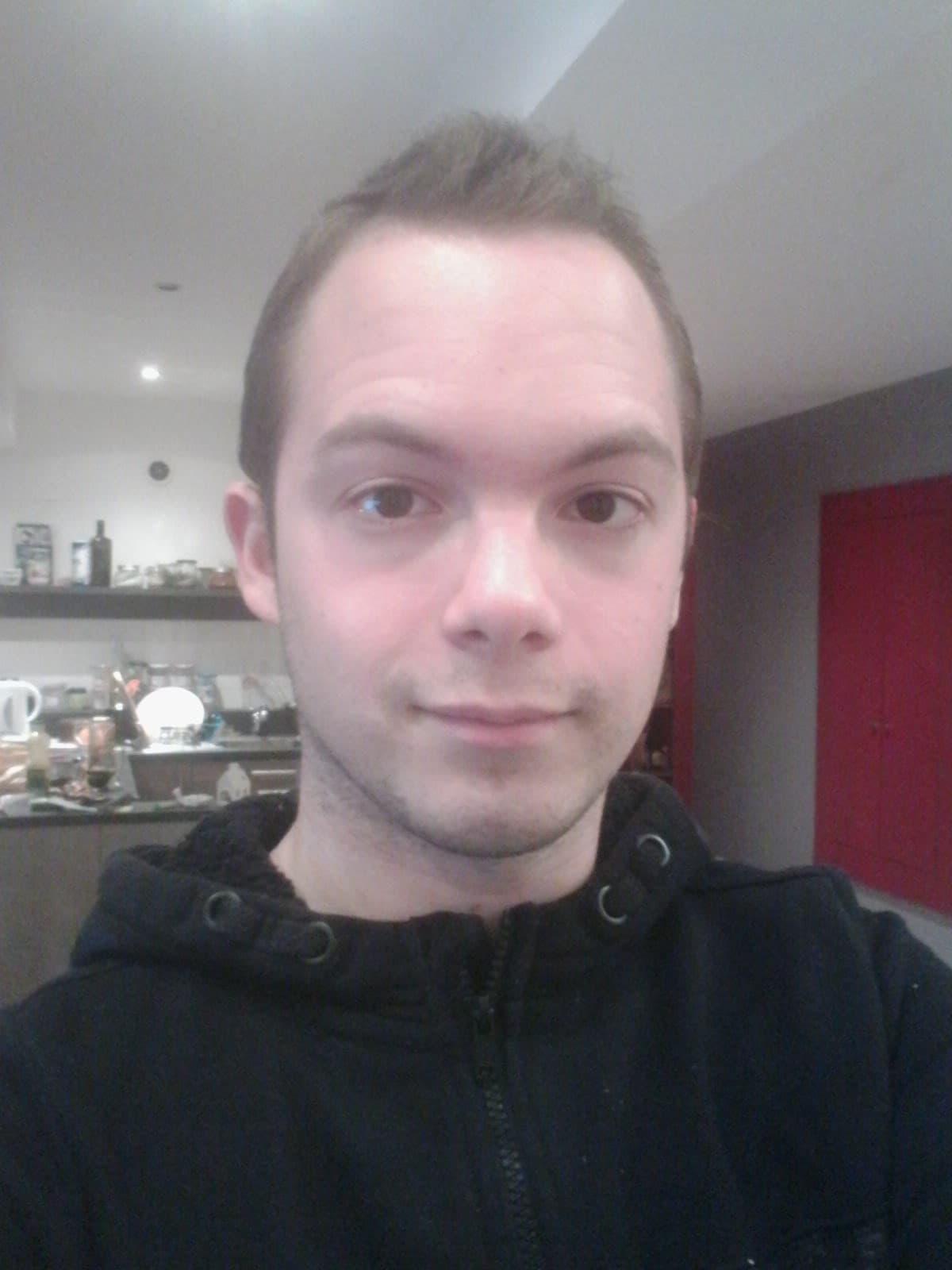 profil-alex